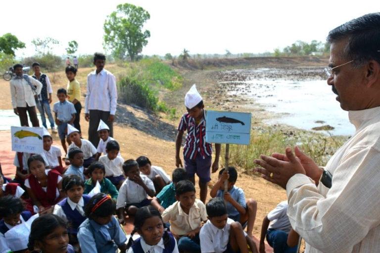 भंडारा और गोंदिया में करीब 15,000 तालाब हैं जिनका इस्तेमाल खेती और मछली-पालन के लिए होता है। तस्वीर- भंडारा निसर्ग व संस्कृति अभ्यास मंडल (बीएनवीएसएएम)