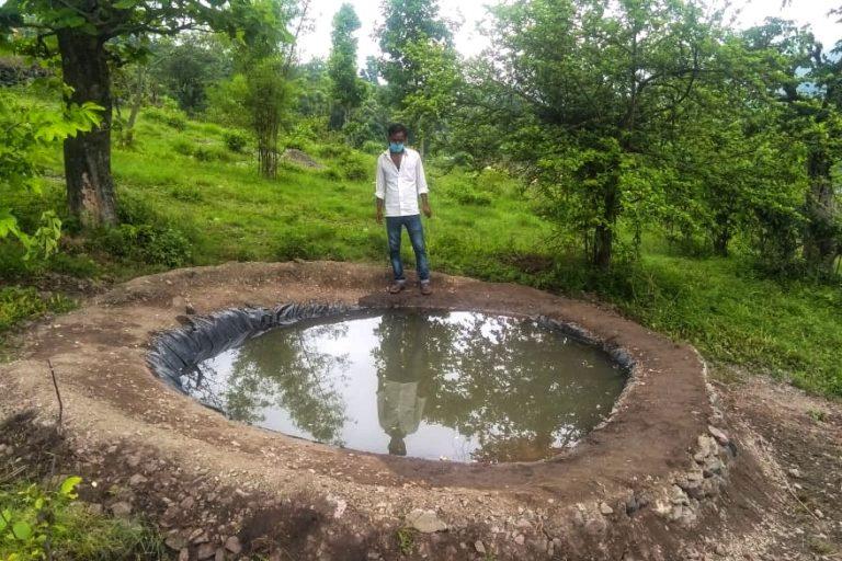 जंगल में पानी रोकने के लिए इस तरह के स्ट्रक्चर बनाए गए। तस्वीर- वर्षा सिंह