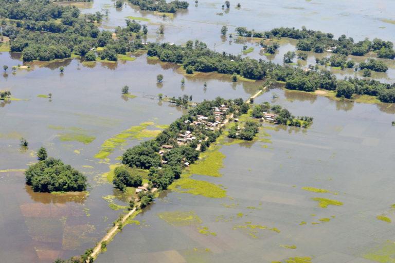 असम में 2012 में भीषण बाढ़ आई थी। तस्वीर- पत्र सूचना कार्यालय भारत सरकार/विकिमीडिया कॉमन्स