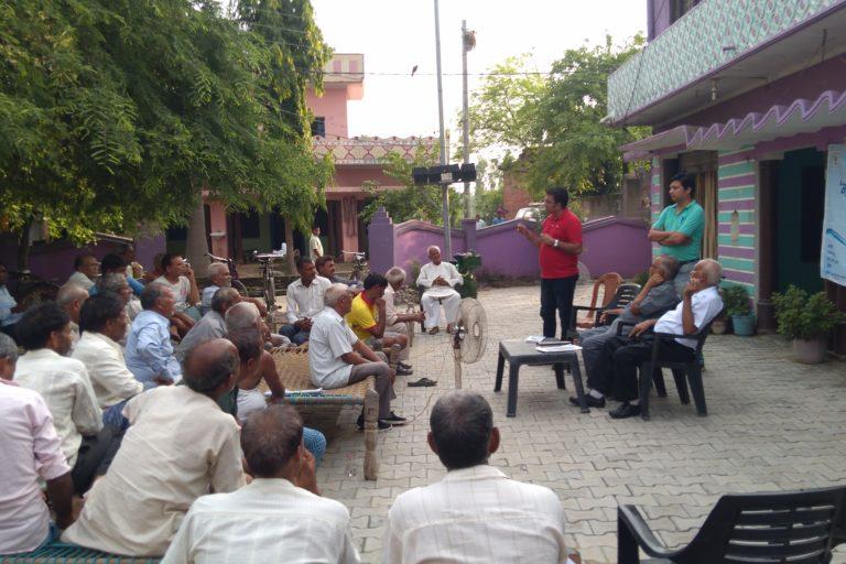 वर्ष 2017 से डब्लूडब्लूएफ इंडिया ने ट्रेंच तकनीक को गन्ना किसानों के बीच प्रचारित करना शुरू किया। तस्वीर- डब्लूडब्लूएफ इंडिया