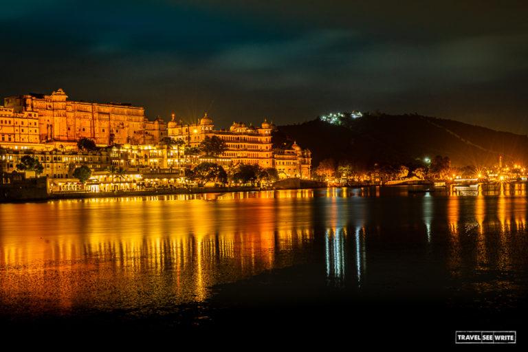 उदयपुर को झीलों का शहर कहा जाता है, लेकिन यहां के झील दिन-ब-दिन खत्म होते जा रहे हैं। तस्वीर- अर्चना सिंह